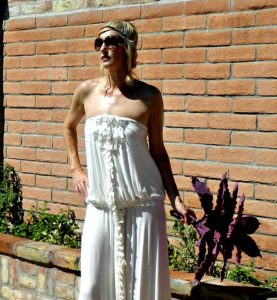 wedding dress for pregnant